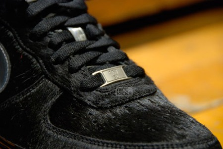 nike-air-force-1-black-friday-detail-9