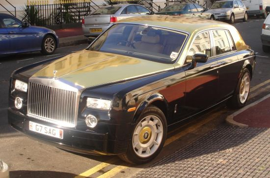 Rolls Royce Cars Images. Posted in Cars with tags Gold