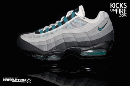 nike-air-max-95-fresh-water-detailed-pictures-1