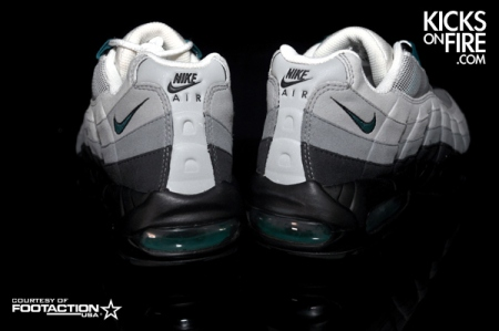nike-air-max-95-fresh-water-detailed-pictures-11