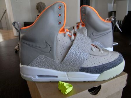 nike-air-yeezy-final-sample