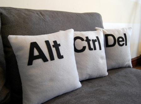 ctrl-alt-del-pillows