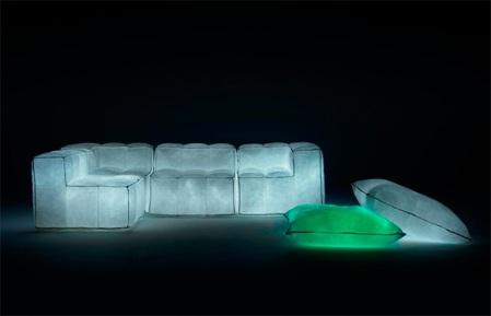 via-lattea-glowing-air-filled-furniture-1