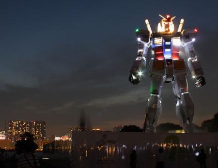 59_foot_tall_gundam_at_night_07