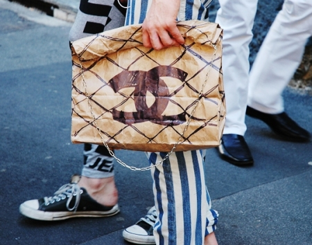 chanelpaperbag